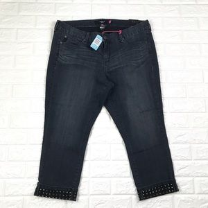 Torrid Jeans Dark Wash Capri Studded Cuffed 20